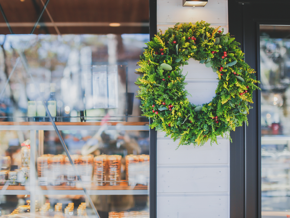 help your business thrive during holiday season merchant cash advance