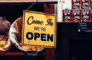 How cash advance companies help small business stay open and continue to grow