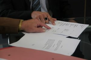 Negotiating a lease agreement